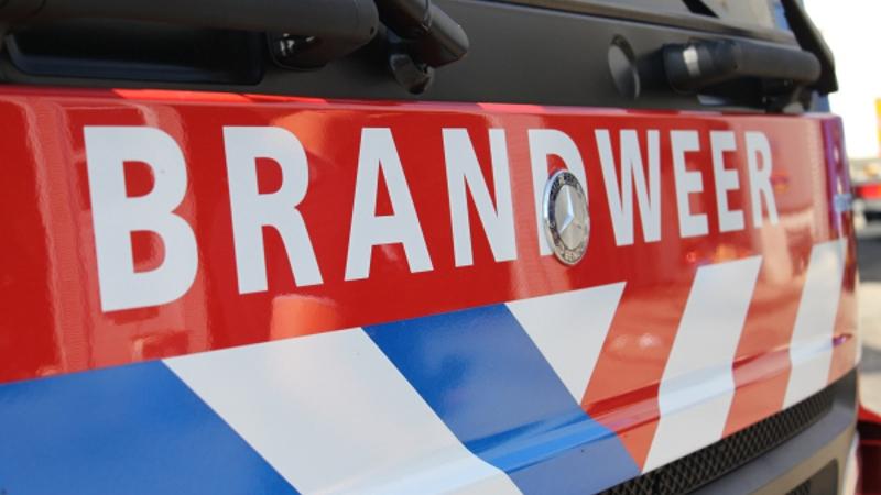 Delft – Geparkeerde auto in brand gestoken